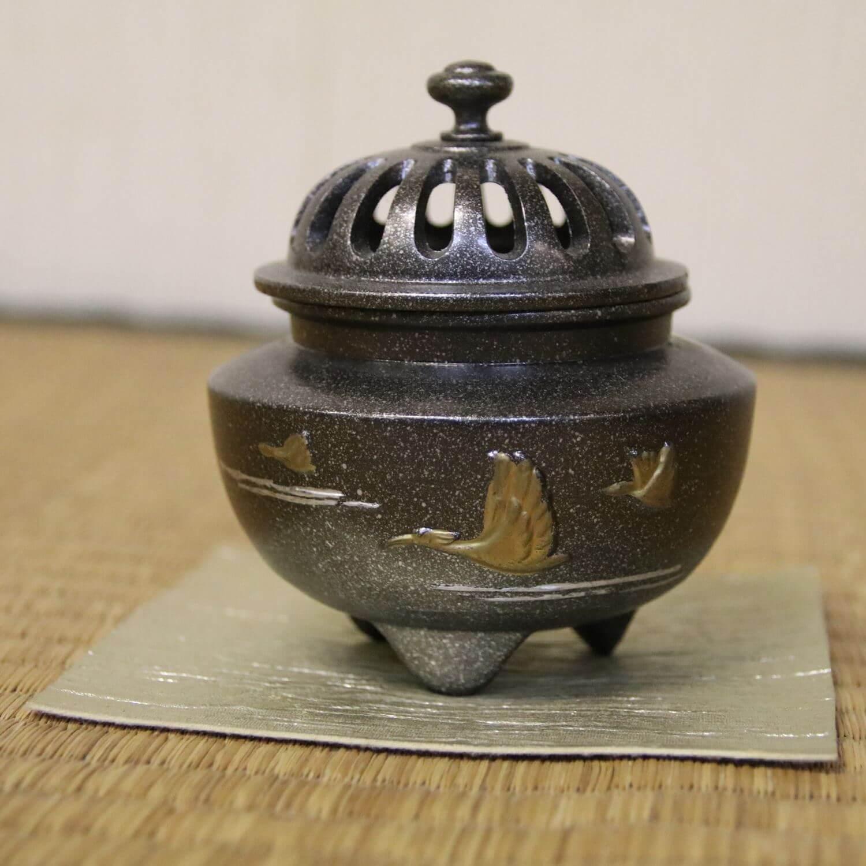 香炉: 寿朱鷺香炉